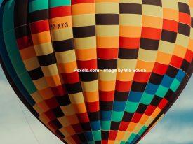 Overrask kæresten med luftballontur og andre sjove oplevelser